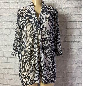 Soft surroundings 3 q sleeve shirt size: Small
